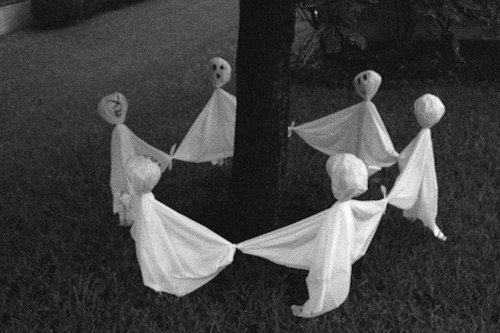 ring-of-ghosts