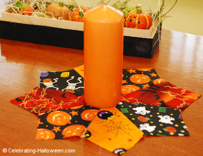 No Sew Halloween Candle Mat - Halloween Crafts
