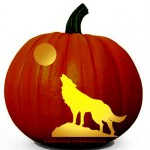 'Wolf Howling at the Moon' Scary Pumpkin Carving Pattern