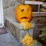 Vomiting Pumpkin or Puking Pumpkin – Pumpkin Carving Ideas for Halloween