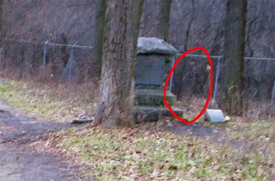 Ghost Sighting in Bachelors Grove Cemetery, Chicago